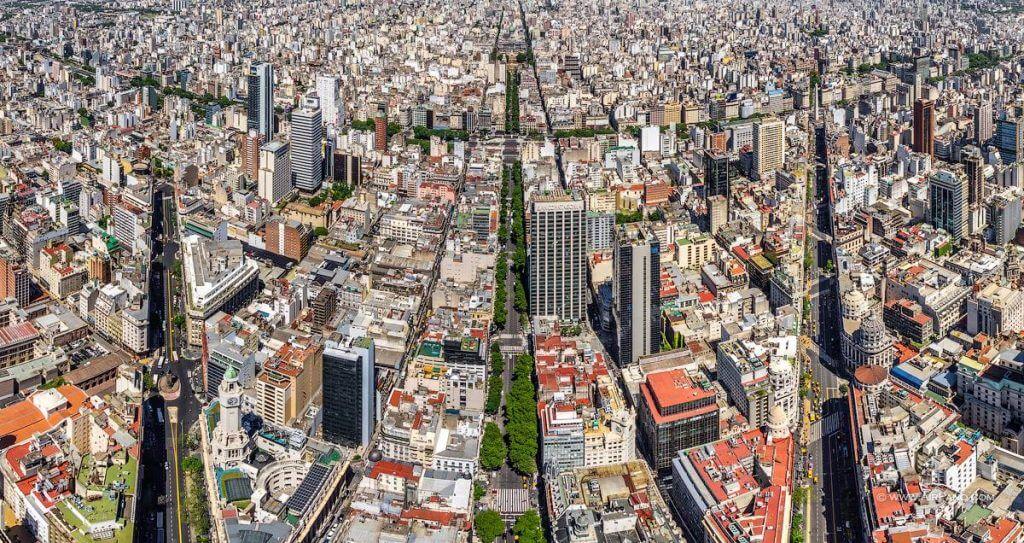 Vista aérea de la Av. de Mayo